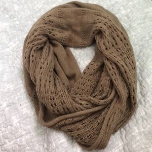 Accessories - Chunky knit scarf